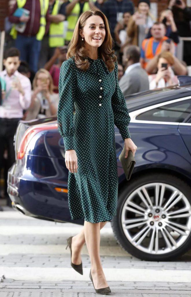 eye-catching green polka dot dress for Princess Kate