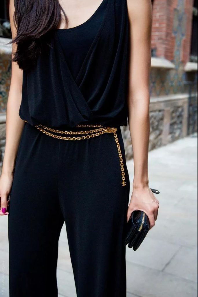 stylish gold waist chain with velvet outfits