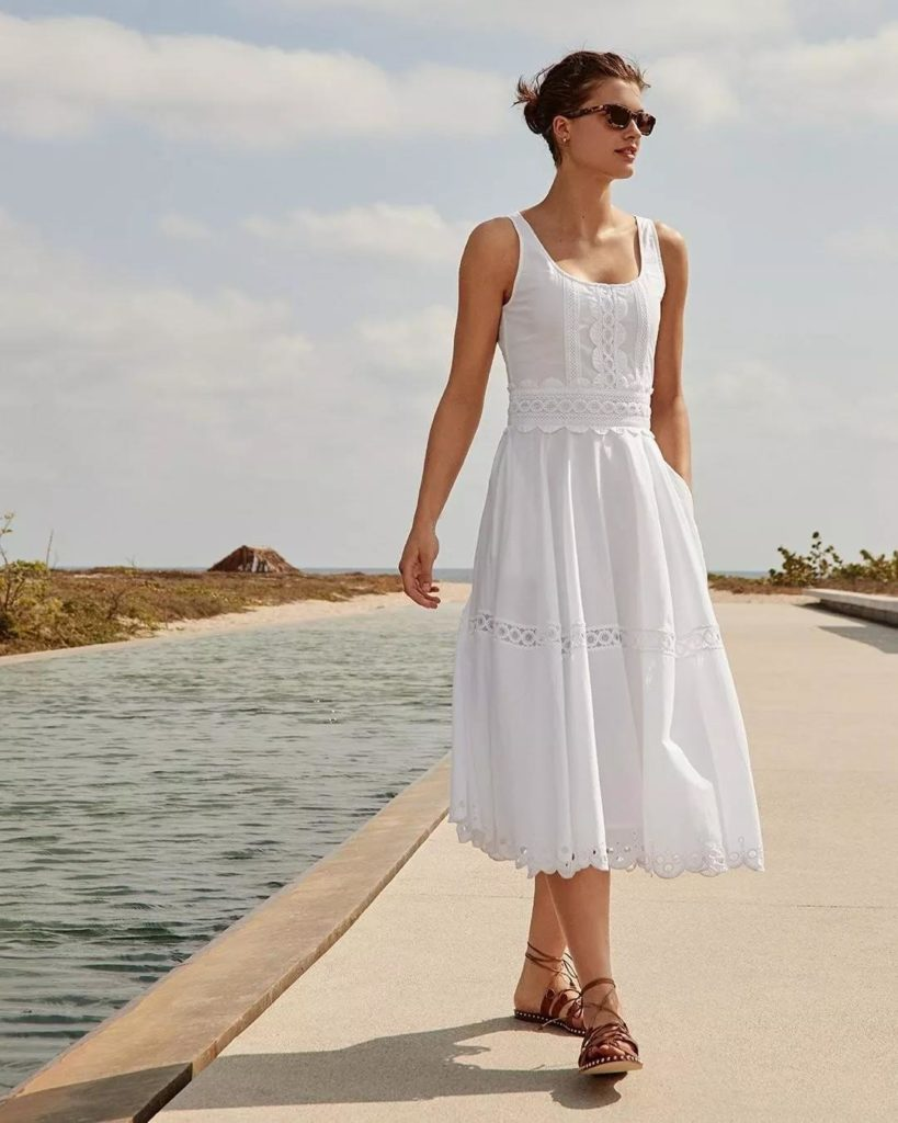 eye-catching white dress with simple design