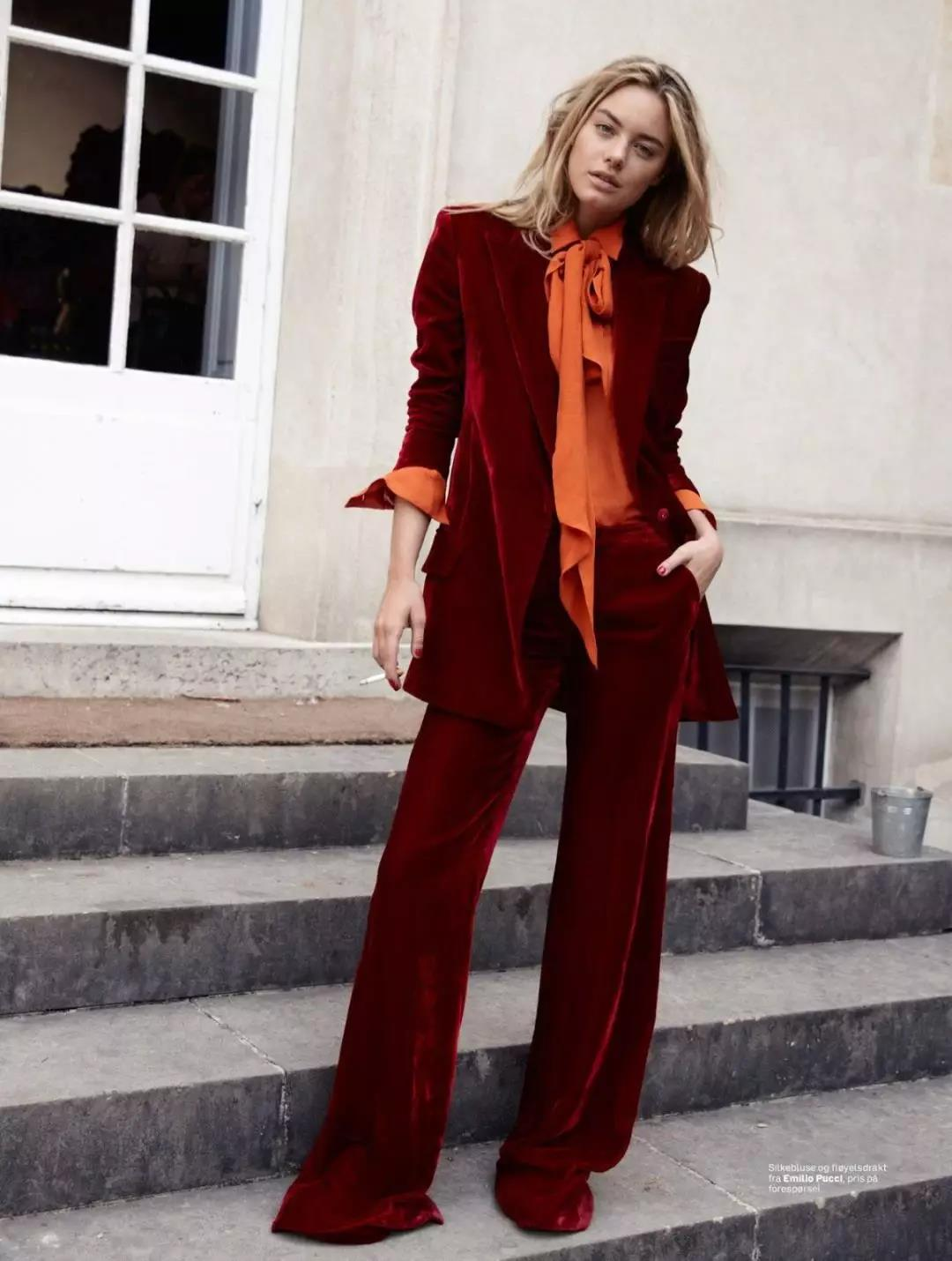 Cool feminine burgundy suit to rock