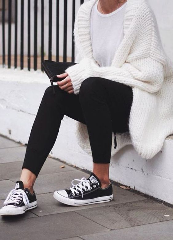 Comfy Outfits Ideas with Leggings for Any Season