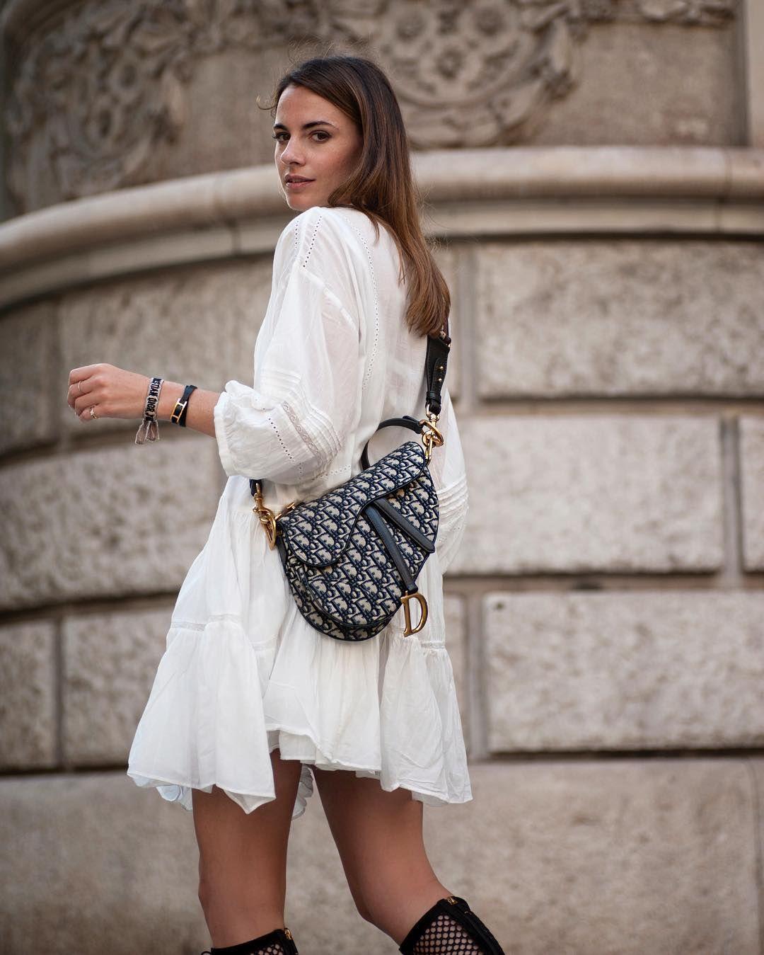 Top 5 Fashionable Handbags 2023 Worth Investing