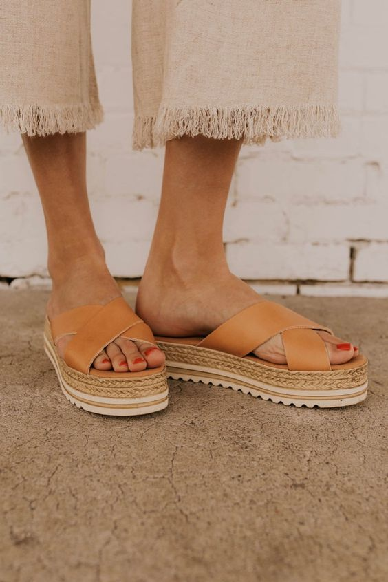 Comfortable and Stylish Summer Sandals Worth Having