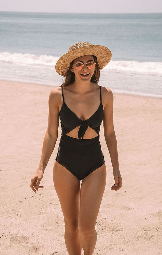 Stylish and Fancy Swimsuits for This Summer